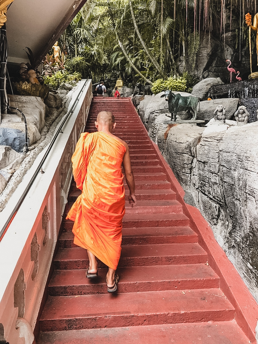 moine temple bangkok