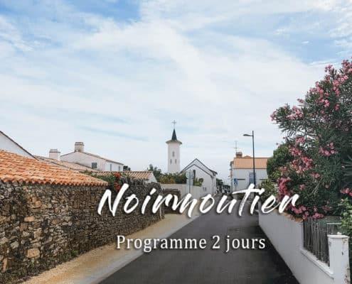 église ruelle fleurs noirmoutier