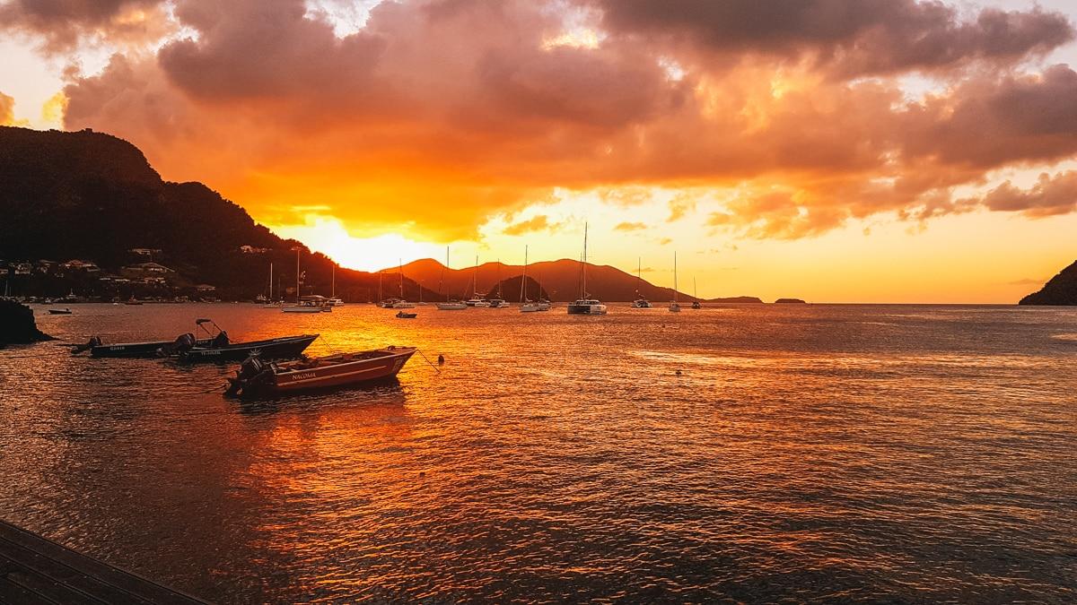 bateau mer soleil saintes guadeloupe