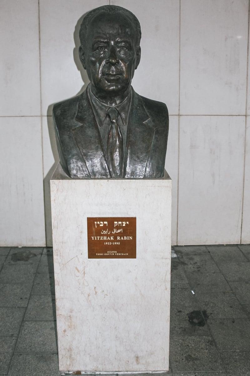 statue tel aviv israël