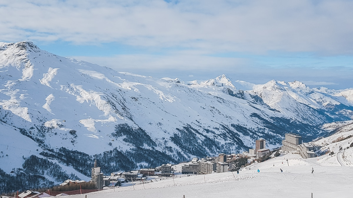 montagne neige chalet alpes