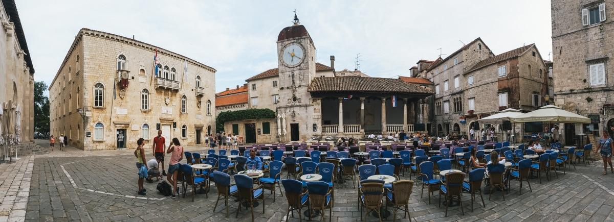 trogir place église croatie ville