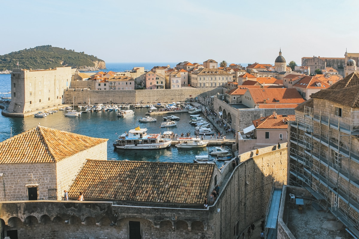 rempart bateau mer dubrovnik croatie
