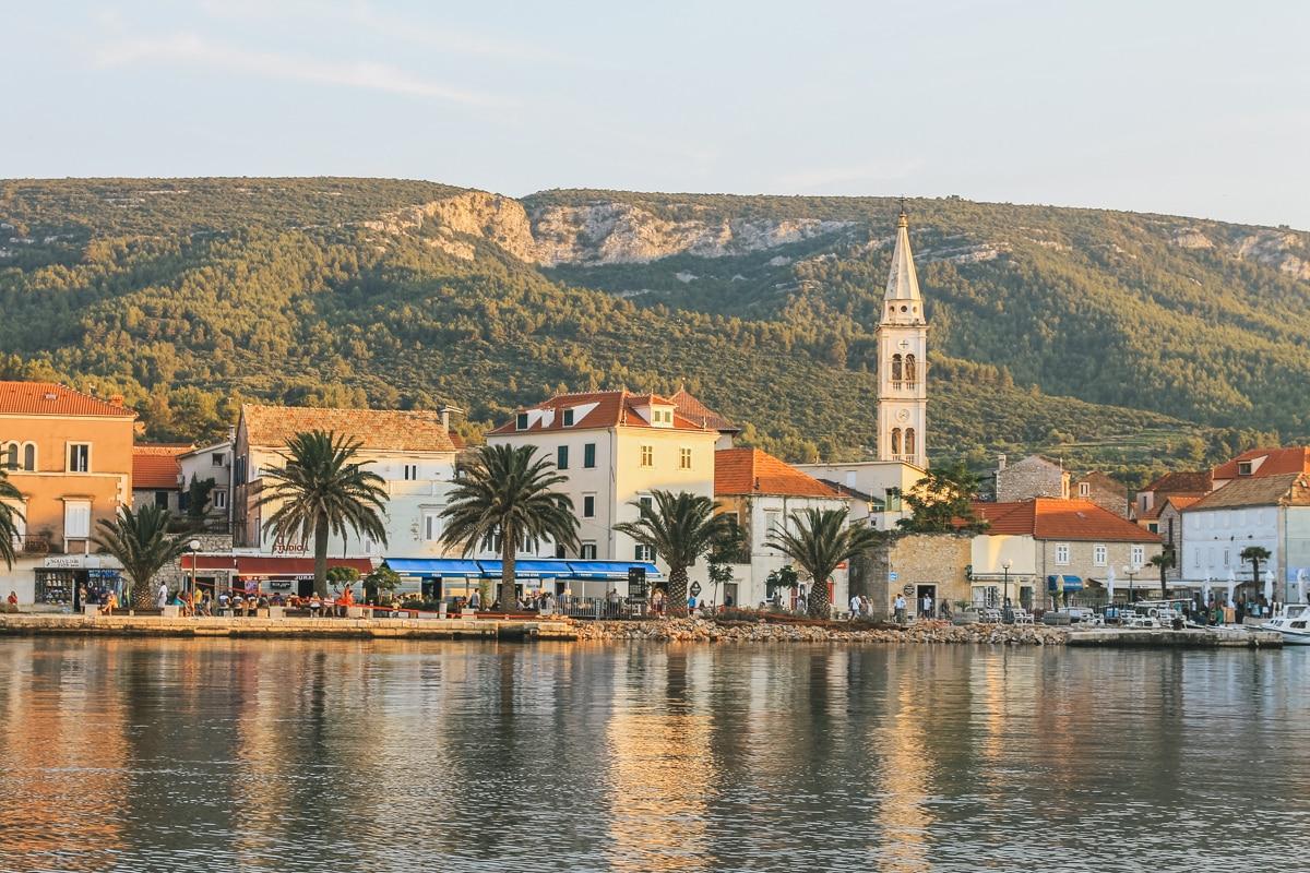 port mer clocher croatie île