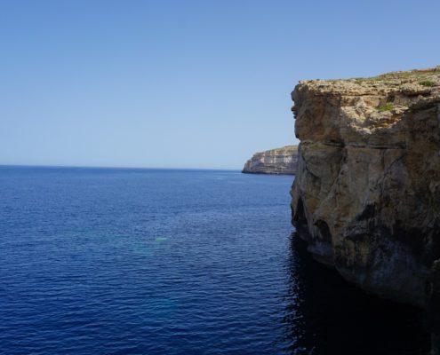 falaise mer malte