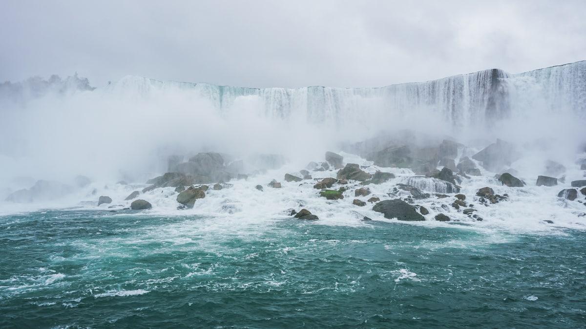 chutes eau brume canada ontario