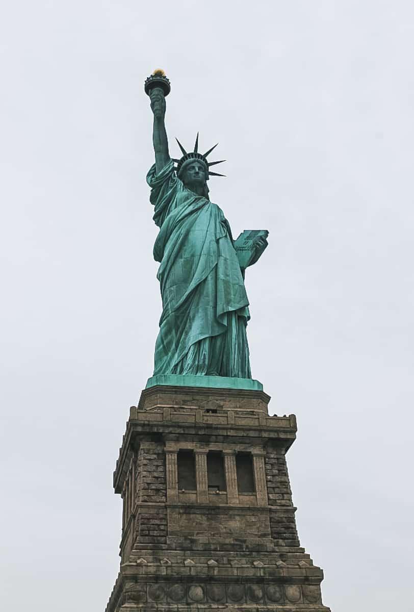 statue dame new york