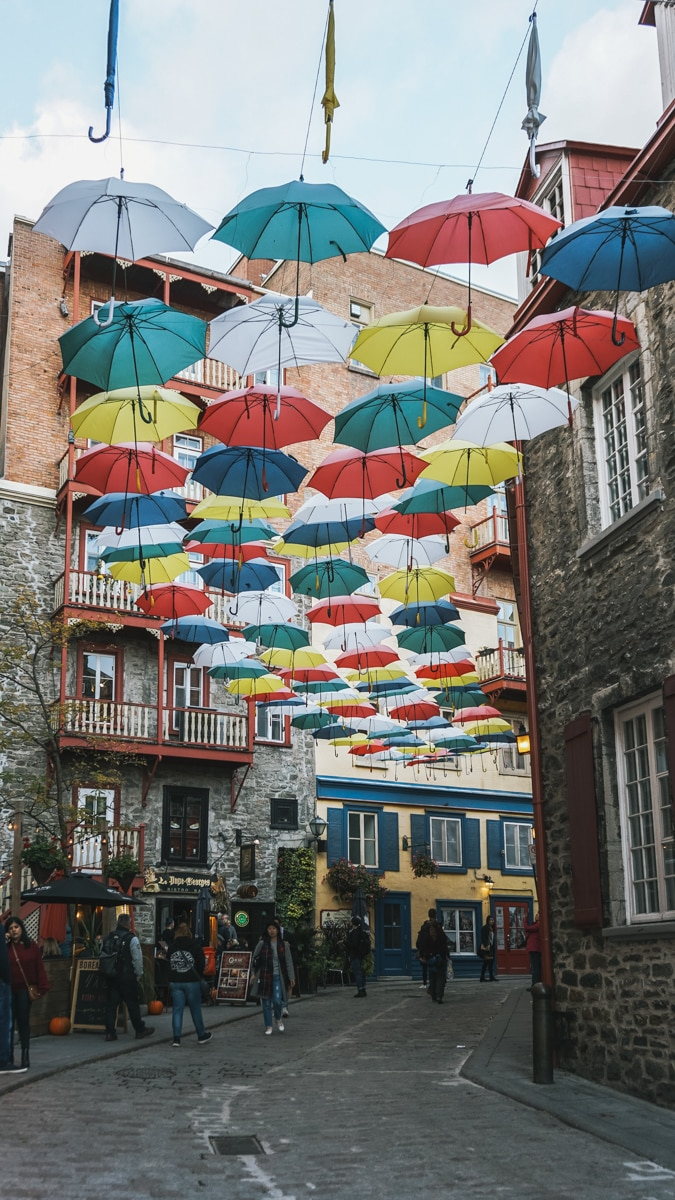ruelle parapluies quebec