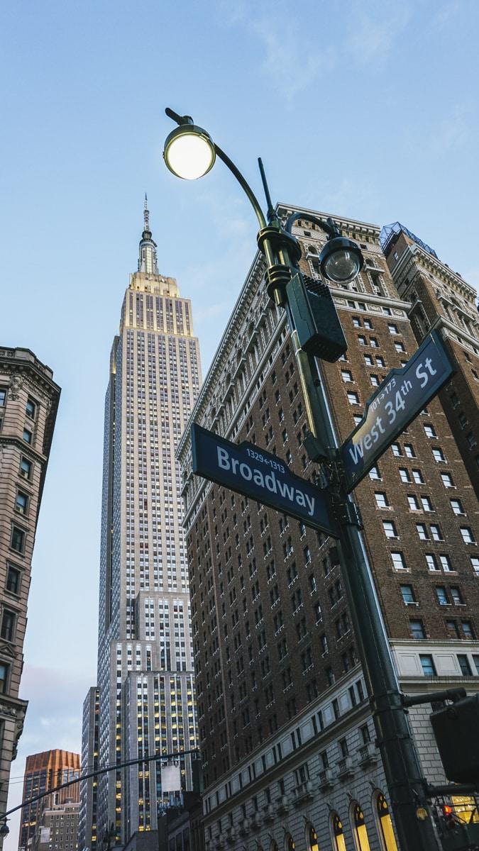 building panneau new york