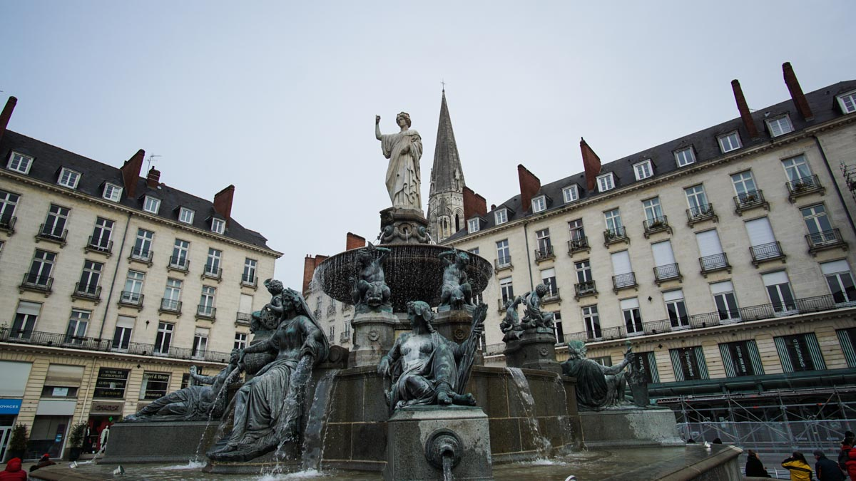 nantes fontaine place