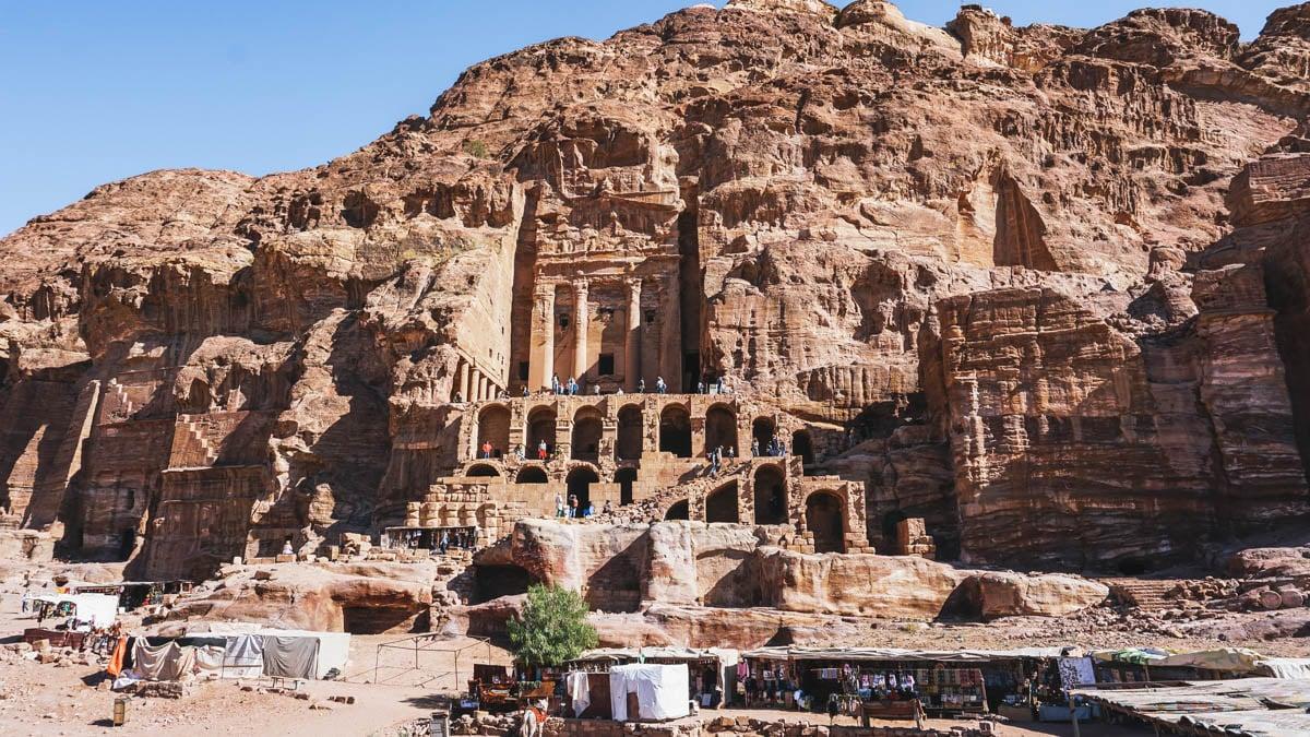 tombes pétra ruines jordanie