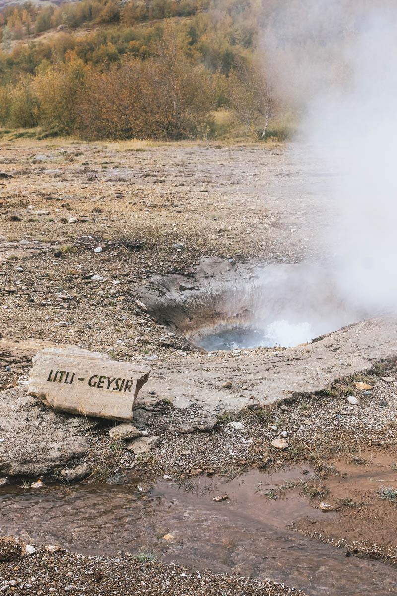 geyser fumée islande