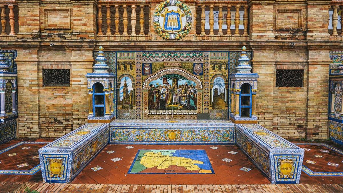 place azulejos banc seville