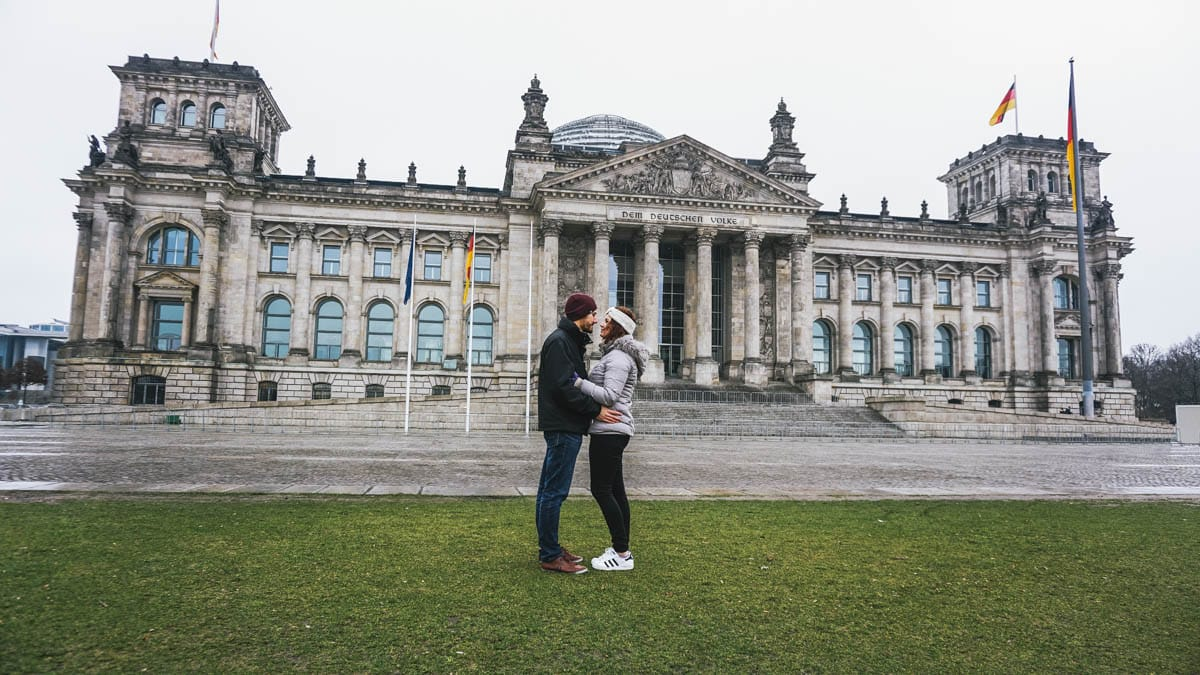 couple reichstag berlin