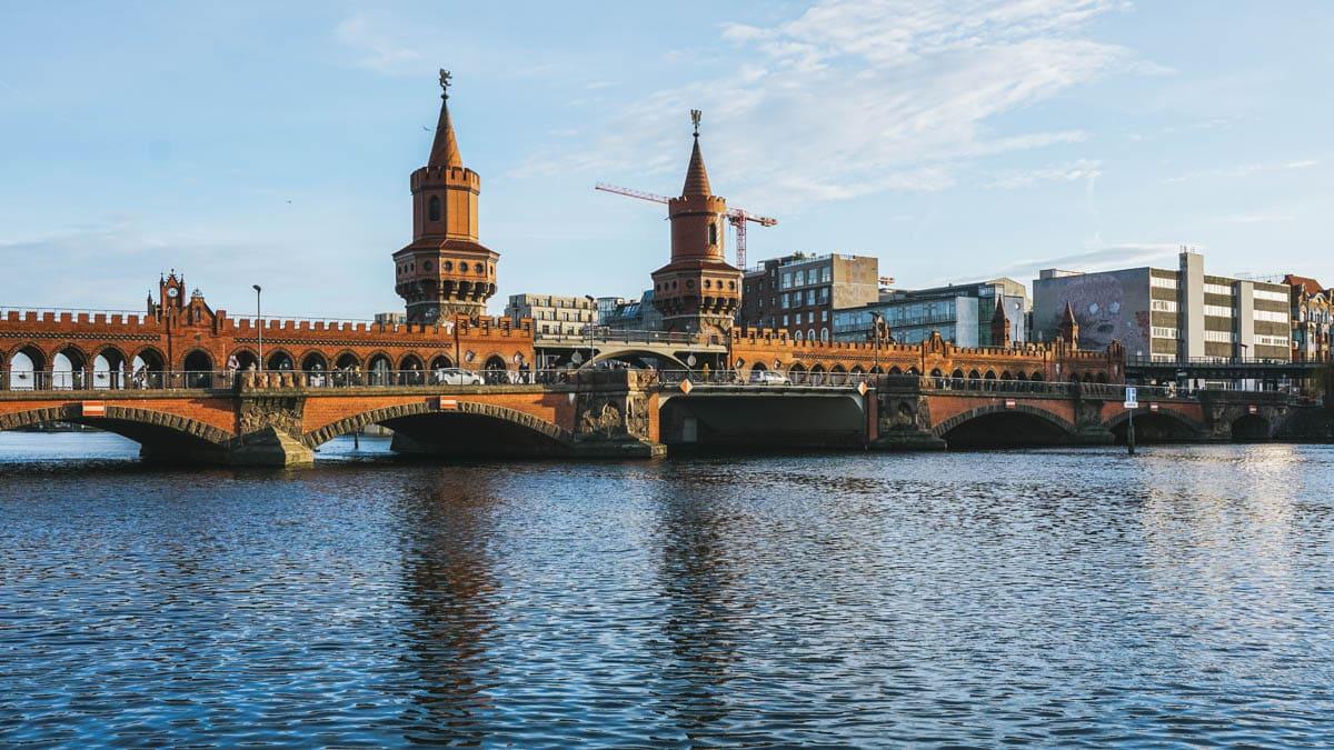 pont rivière berlin