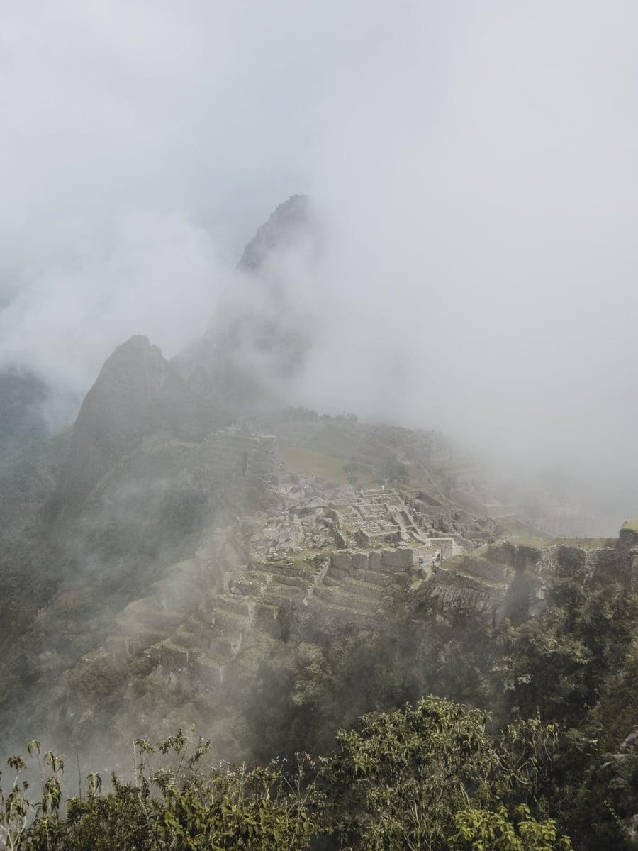 brume ruines pérou