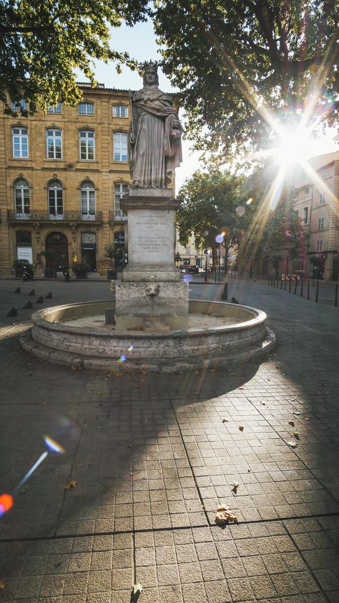 statue soleil aix provence