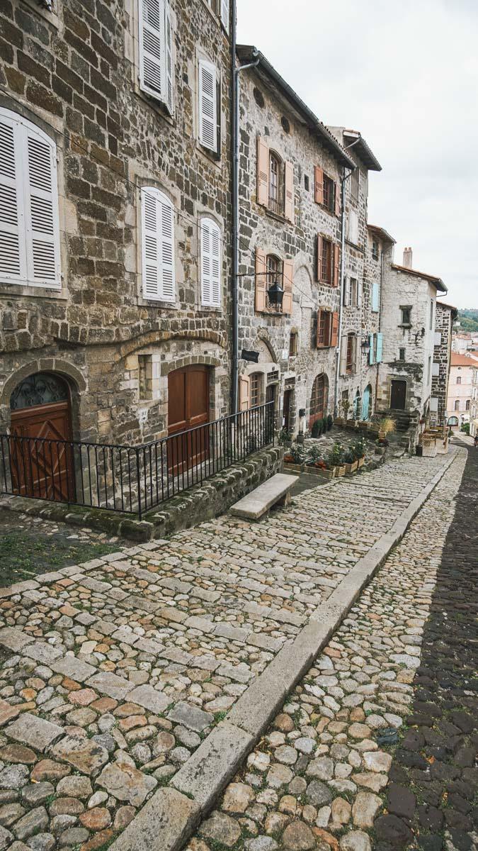 ruelles maisons auvergne